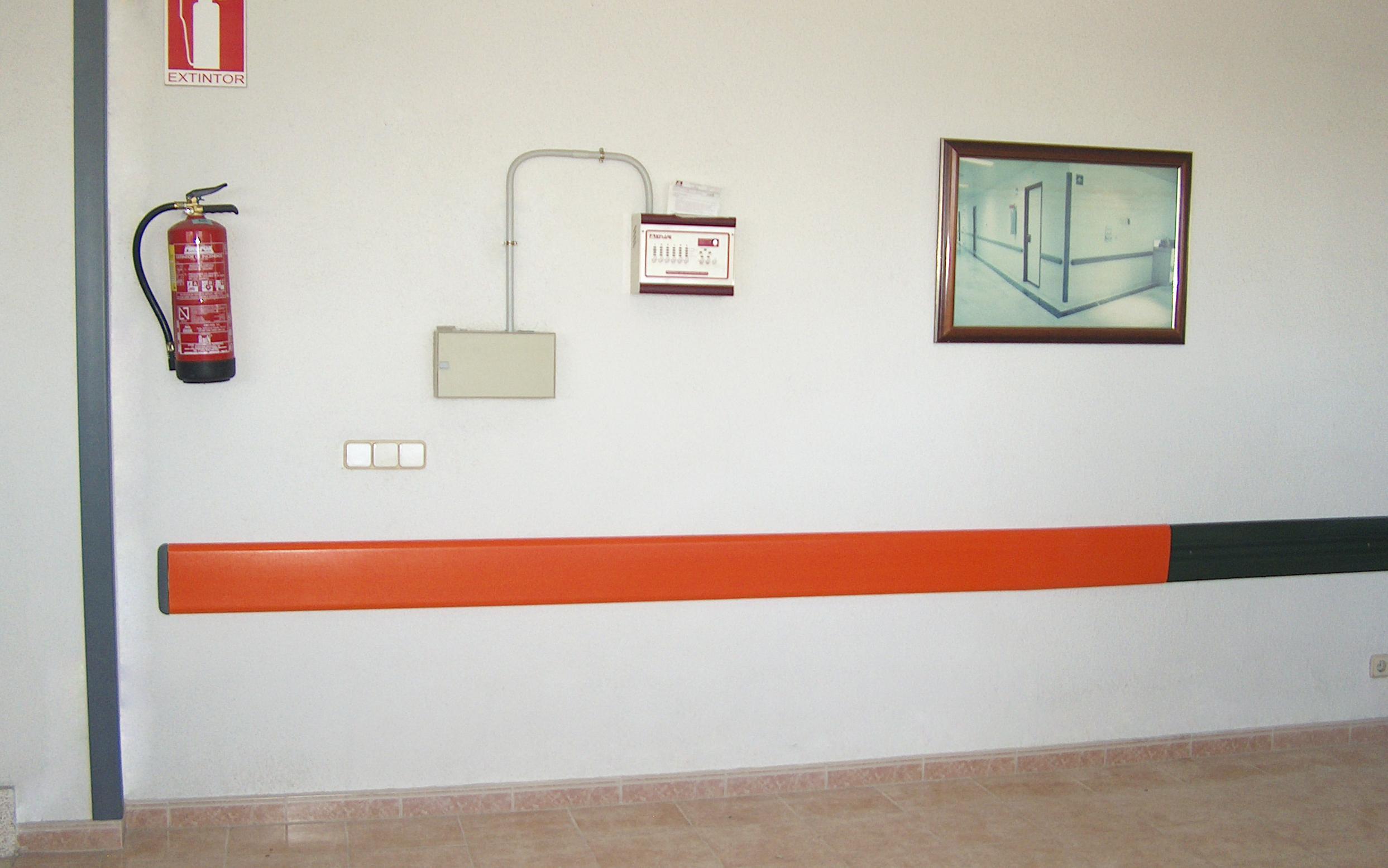 hospital-wall-protector-economic